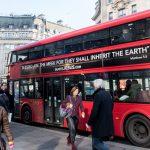 Autobuses rojos en Inglaterra llevarán frases de Jesús dando un mensaje de fe y esperanza