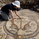 Hallan mosaico de hace 1.500 años de una iglesia cristiana en Israel