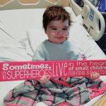 Niña provoca campaña de oración al cantarle a Dios en hospital