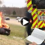 biblia-intacta-carro-incendiado
