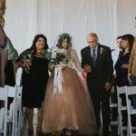 en boda camina